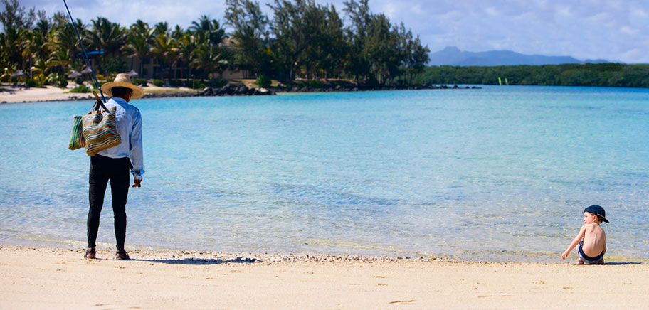 Kind Strand Mauritius Familienferien Angebote